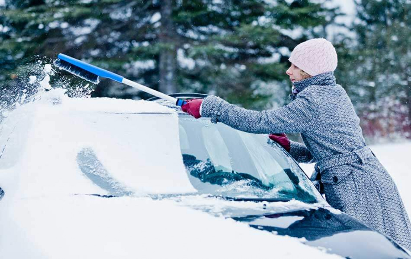Auto Glass Care Tips For Cold Weather in Colorado