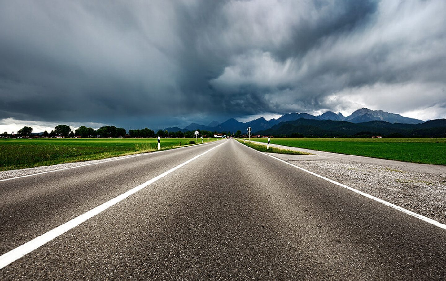 tips-driving-in-summer-storms
